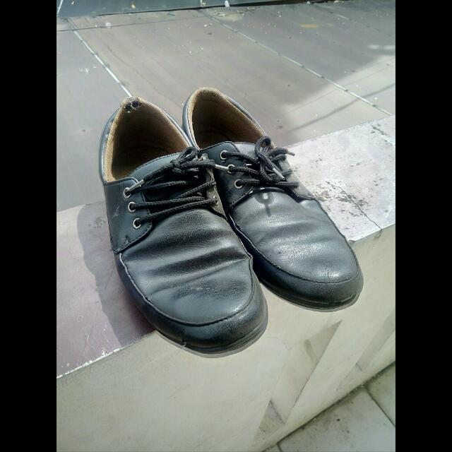 Sepatu Kerja Pantofel Pria Fladeo