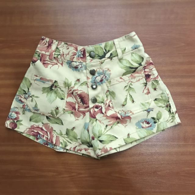 Flower High Waist Short