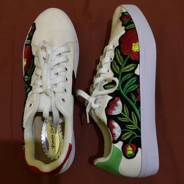 Flower Sneakers By Fawear