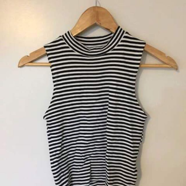 GLASSONS HIGH NECK CROP / SIZE SMALL