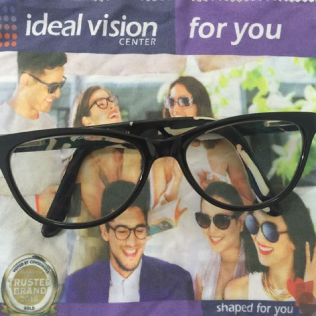 Ideal Vision Eyeglasses