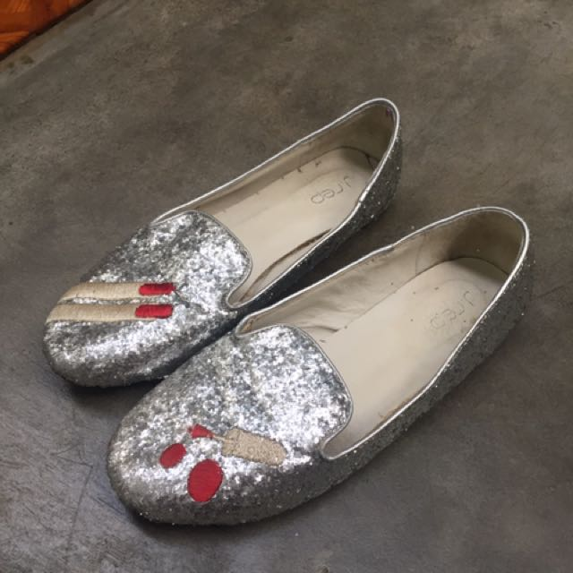 j rep sparkly shoes