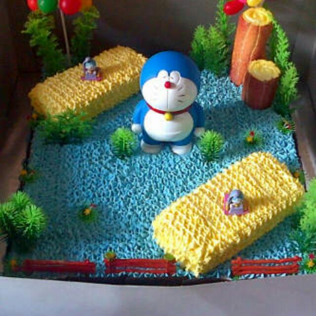 Kue Ultah Doraemon Food Drinks Baked Goods On Carousell