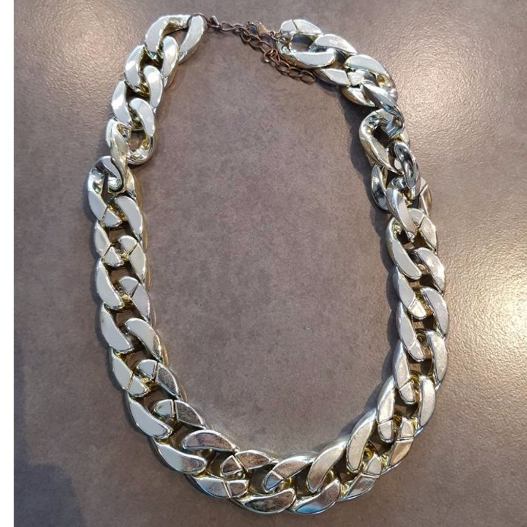 Light Gold Chain Necklace