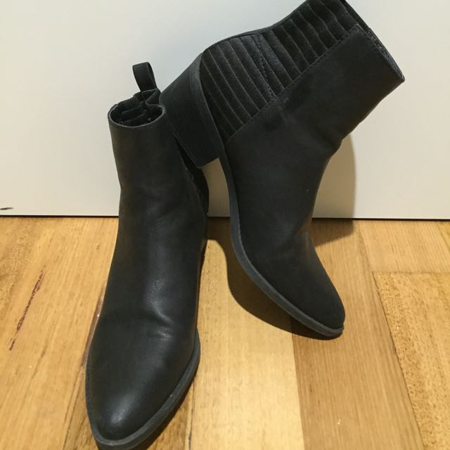 Lipstick Black Ankle Boots