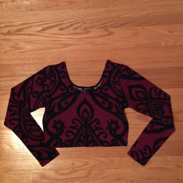 Long-sleeve Crop Top