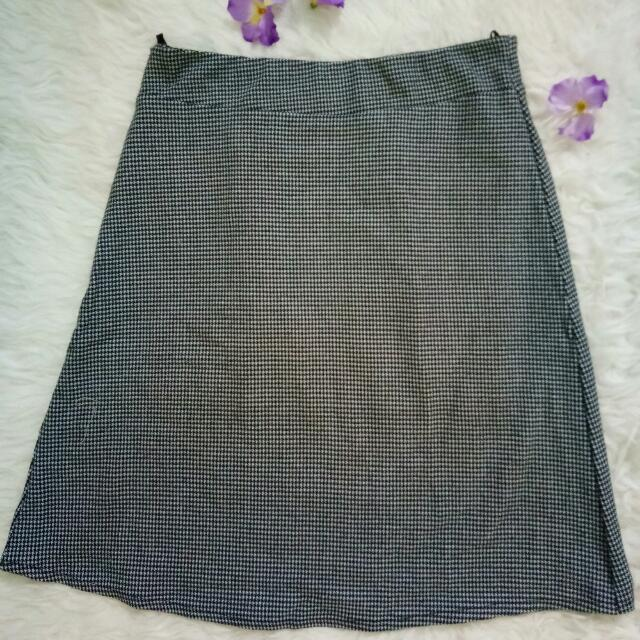 Mini Skirt By Naila