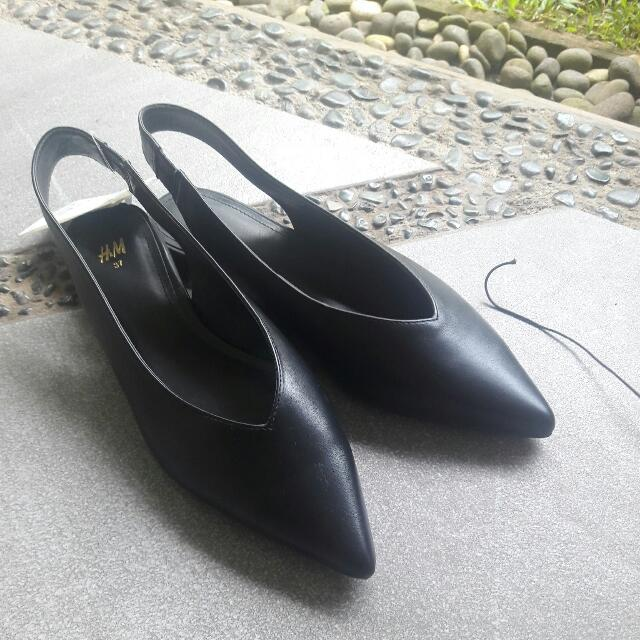 [NEW] H&M Pointy Flatshoes