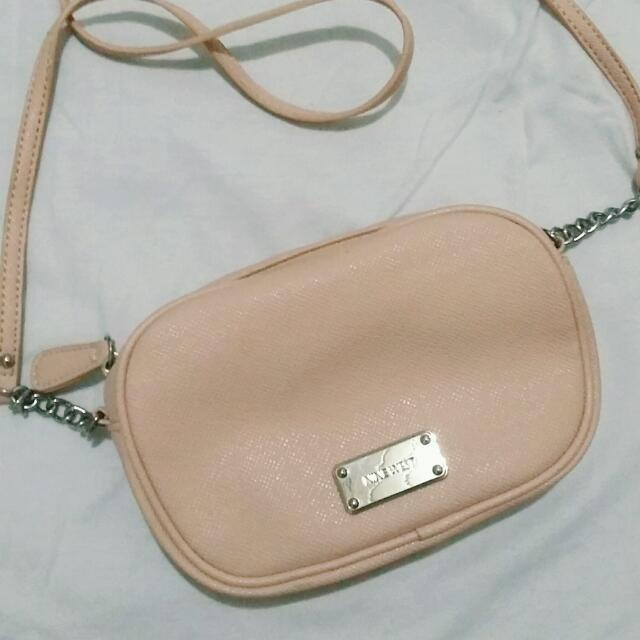 Preloved Nine West Small Satchel (Original)