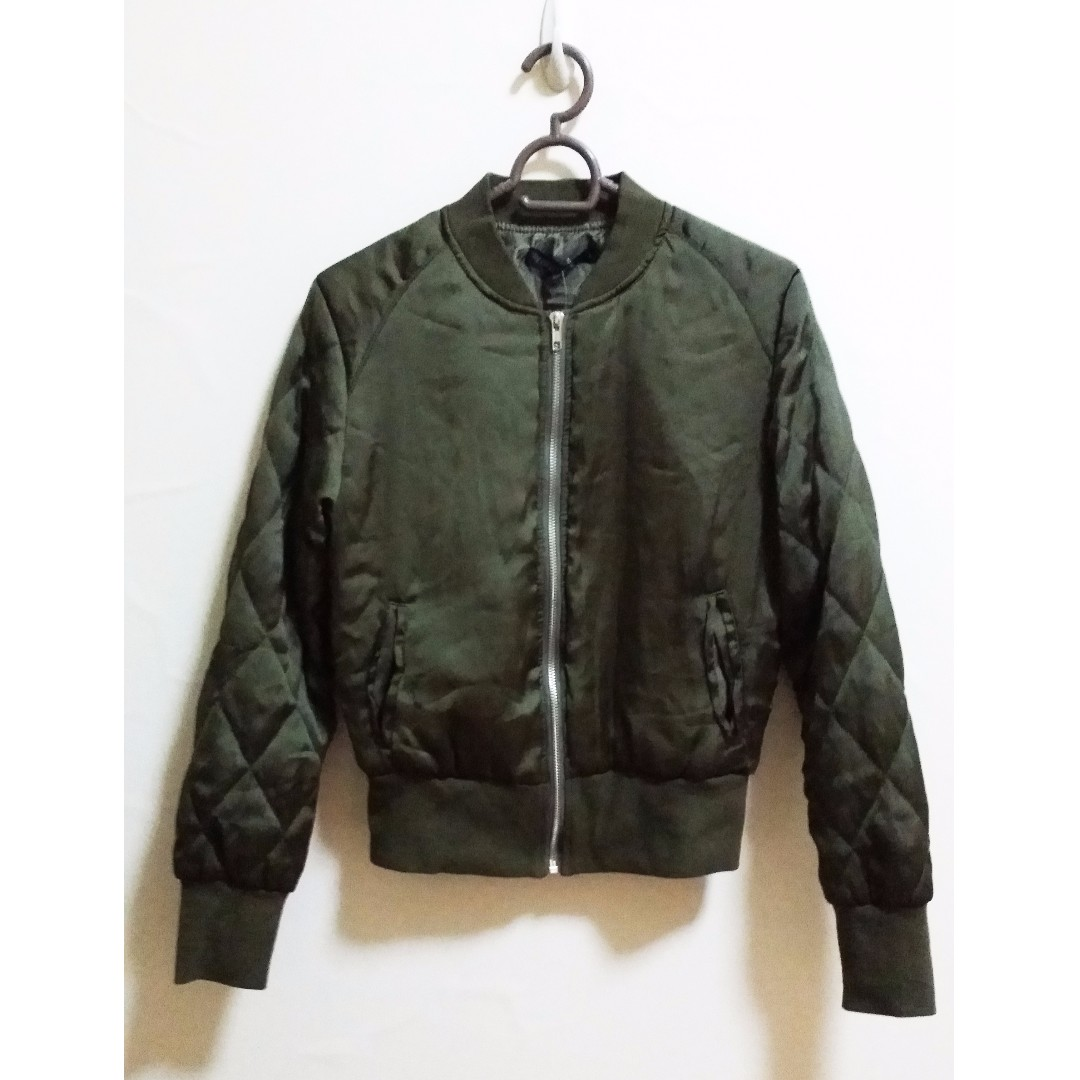 Olive Green Jacket for Ladies with insulation