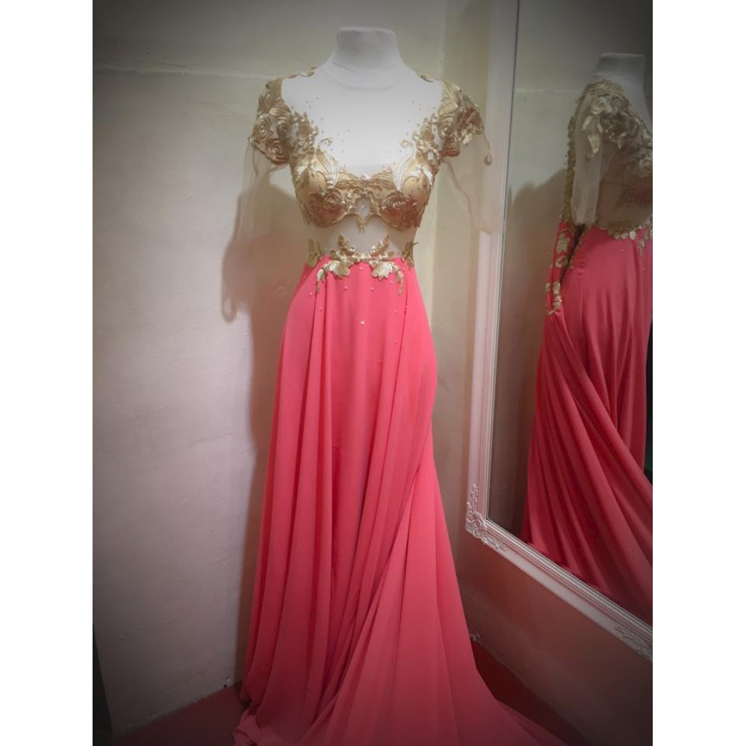 PRENUP GOWN FOR RENT, Looking For on Carousell