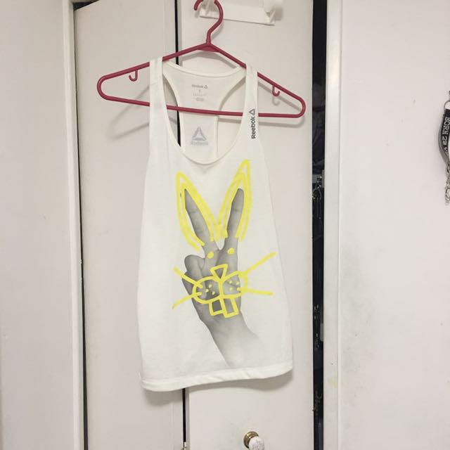 reebok bunny peace sign tank S
