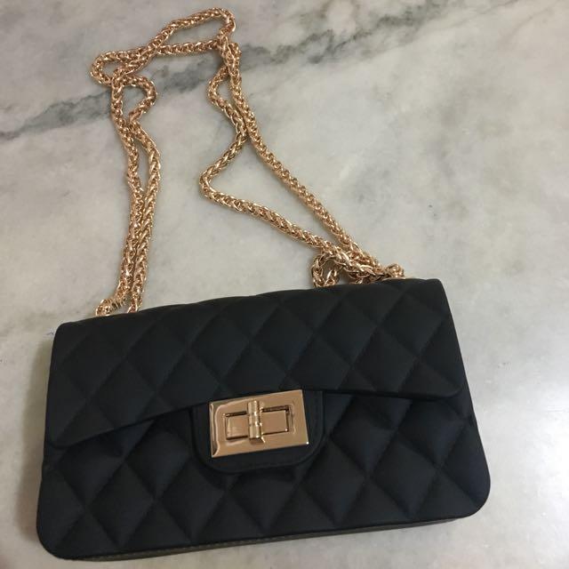 REPRICE! Chanel mini sillicone bag
