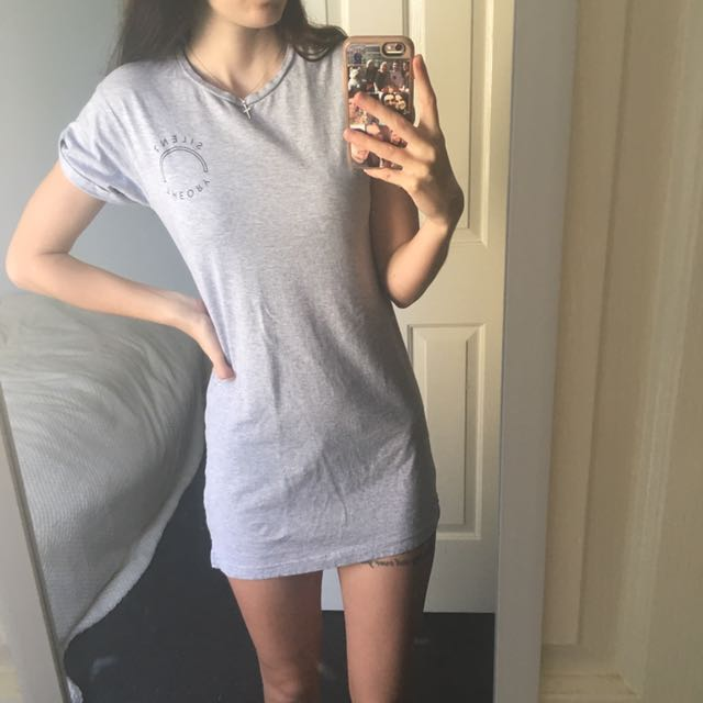 Silent Theory T-shirt Dress