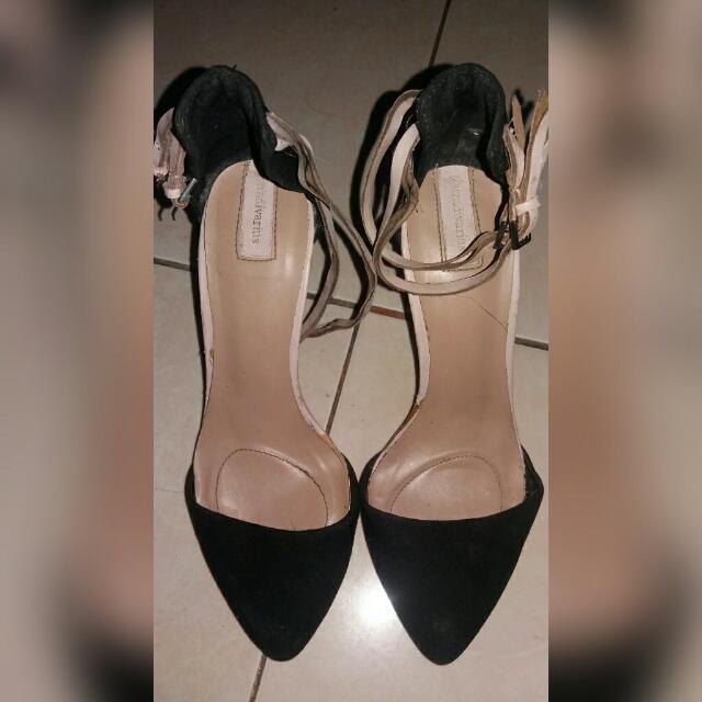 Stradivarius Heels