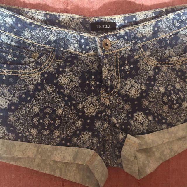 UKLA Shorts