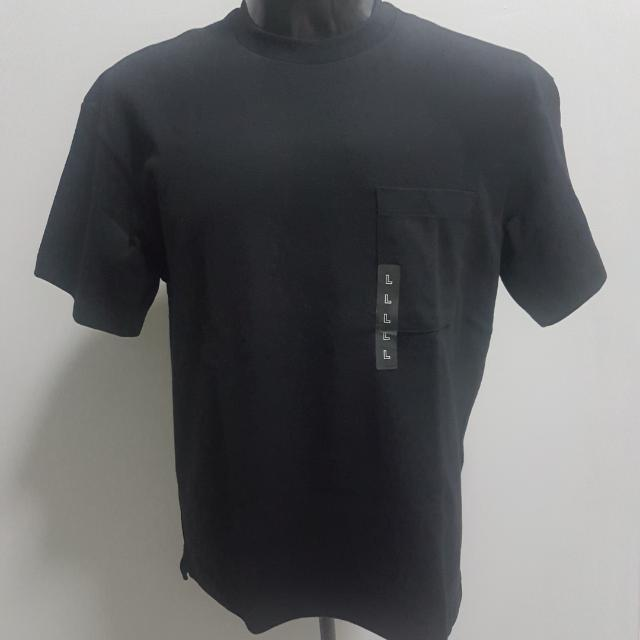 Uniqlo Oversized Pocket Tee