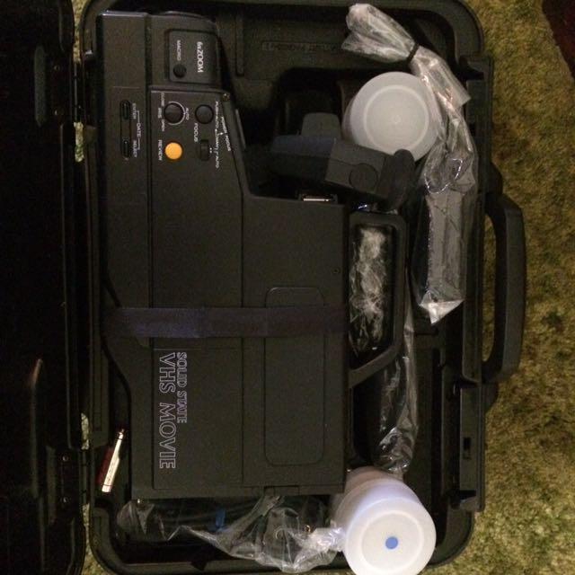 VHS Video Camera/recorder