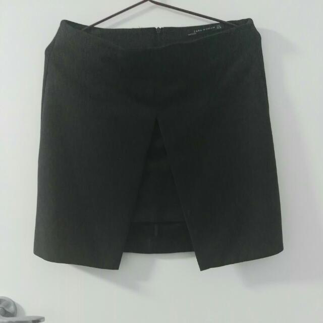 Zara Size M Black Skirt