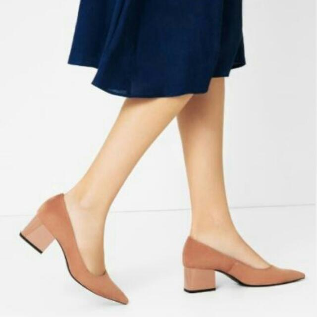 ZARA Trafaluc TRF Authentic Original Genuine Block Heel Slip On Pointy Pointed Tan Taupe Camel Nude Suede Court Shoes