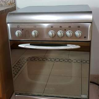 RUSH SALE: Elba 4 Electric Plated Stove with Convection Oven and Grill