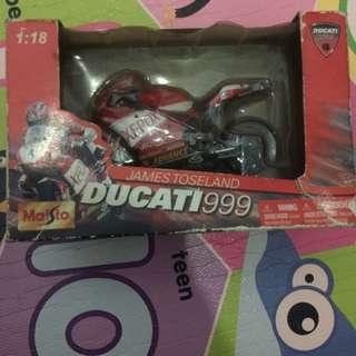 Miniatur Motor James Toseland Ducati 999