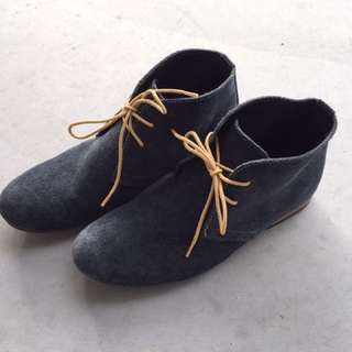 Suede Boots Size 5-6