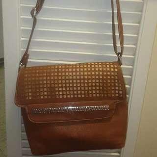 Brown Bag W Adjustable