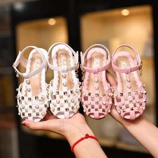 💥童鞋預購 F059飆《2017夏季新款小童中大童 鉚丁珍珠涼鞋鞋公主鞋》