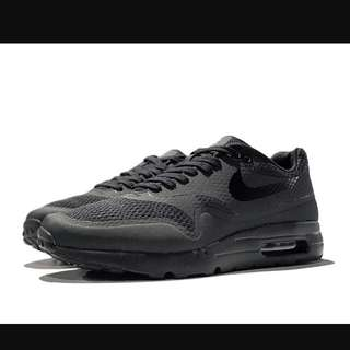 Airmax 1 Triple Black Brand New US 9