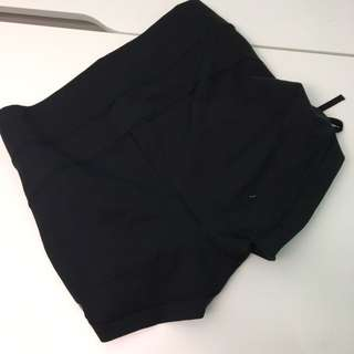 Black Fitted Lululemon Shorts