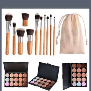 12 piece brushes and cocealor/contour pallet with bag