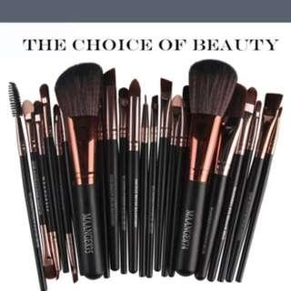 22 piece makeup brushes