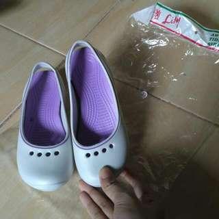Sepatu Sendal Anak Lily Baru UK.33