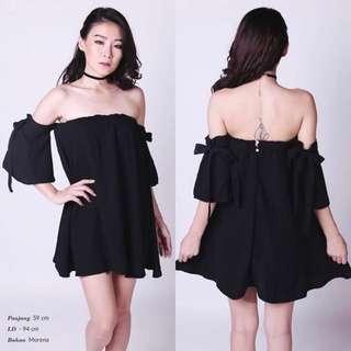 Blossa Sabrina Dress Black