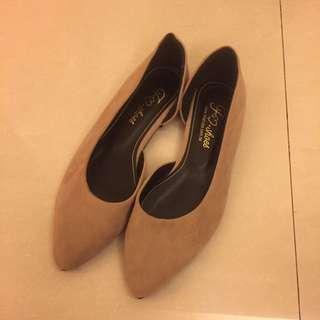 Fm shoes 裸色麂皮平底尖頭鞋