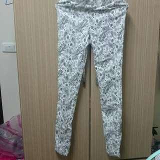 全新白色長褲