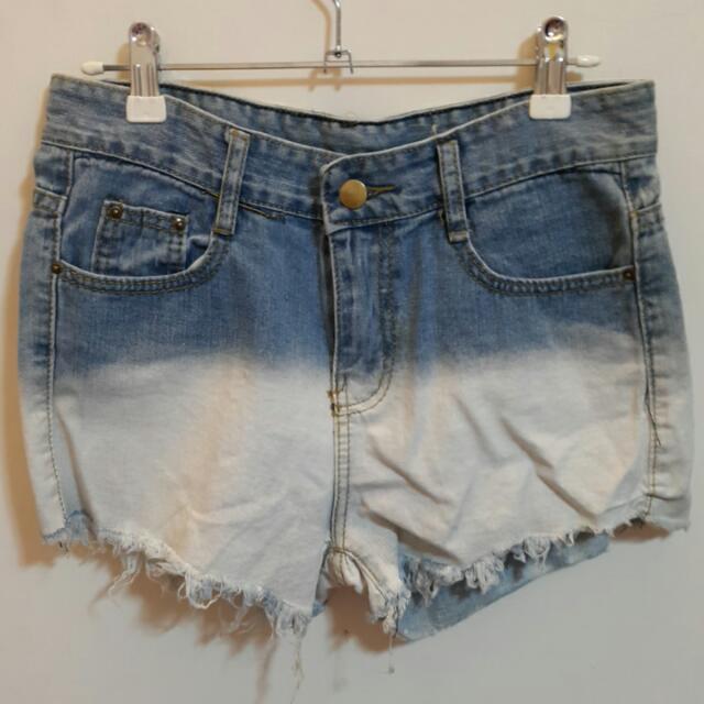 漸層刷色牛仔短褲