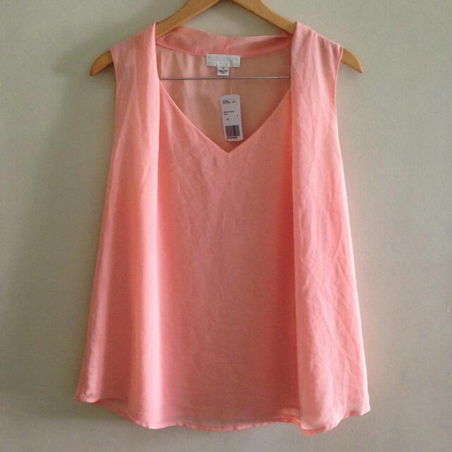 BNWT: Forever 21 Peach Top Free Shippig For MM