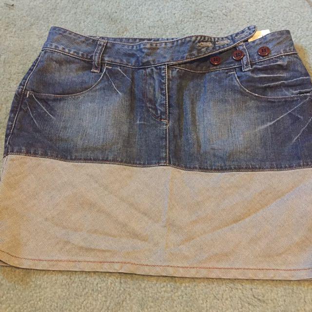 Calvin Klein Jeans Skirt