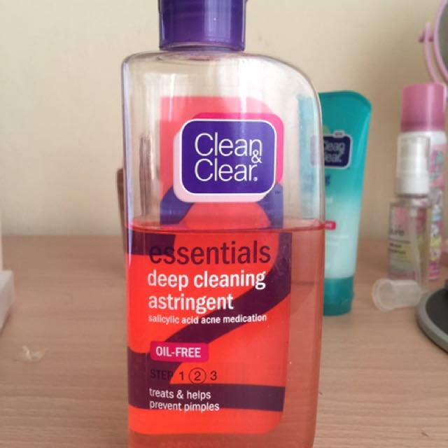Clean And Clear Astringent - Acne Medication