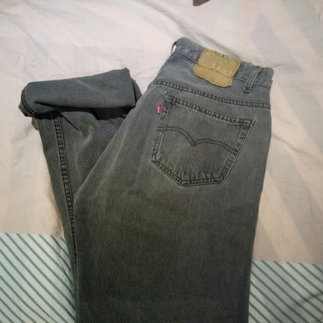 Vintage Retro High Waisted Levi's Grey Wash Jean