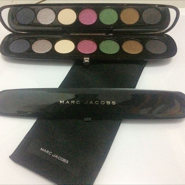 Marc Jacobs Style Eye-con No. 7 - Shade 208 The Vamp