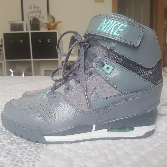 Nike Dunk Sky Hi Wedge Sneakers (Grey & Teal)- Size 6.5