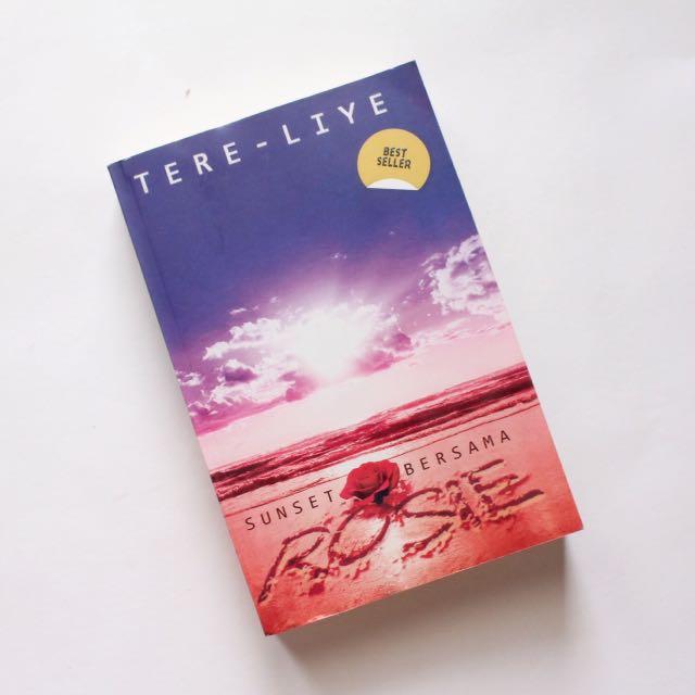 Novel Tere Liye - Sunset Bersama Rosie