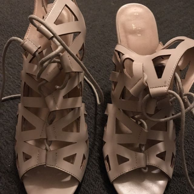 Nude Heels Lace Size 41