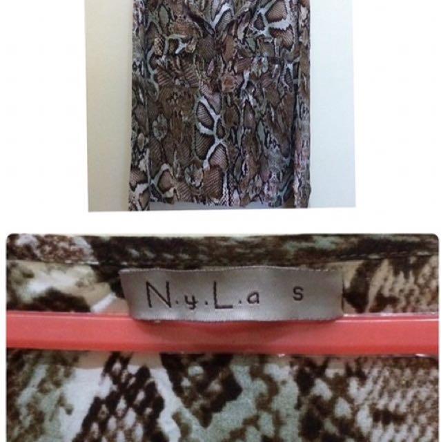Nyla Blouse Skin Snake Motif