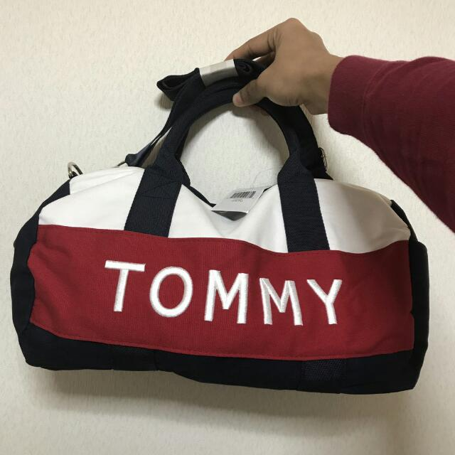 a2f0d95c Authentic Tommy Hilfiger Duffle Bag, Men's Fashion, Bags & Wallets on  Carousell