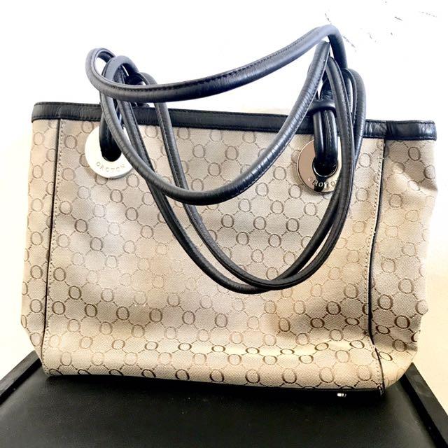 Oroton Australian Luxury Brand Leather Handbag Bags Wallets On Carou
