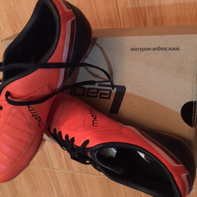 Sepatu Bola League ORI